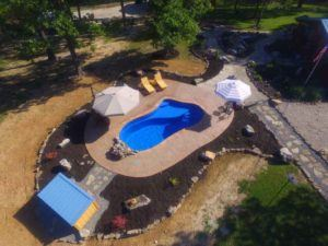 Natural stone & mulch landscaping